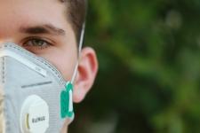 Cum a schimbat pandemia gândirea și planurile de viitor ale tinerilor